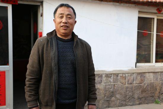 徐建忠,男,胶州市九龙街道王家村村民